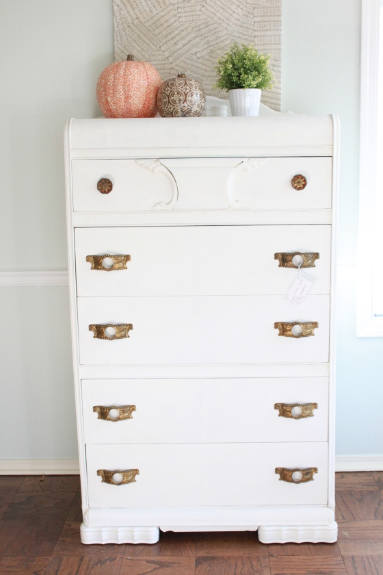 Picket Fence Vintage Dresser